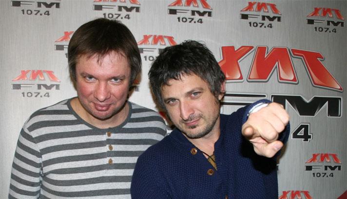 Владимир Ткаченко и Максим Кучеренко станут ведущими концерта «Хит FM Unplugged»